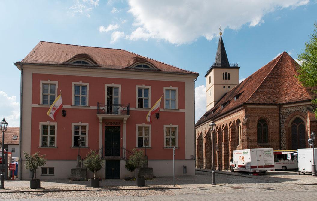 Beelitz Rathaus, Markt
