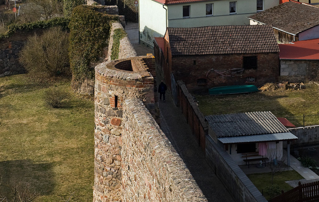 Stadtmauer mit Wikhaus